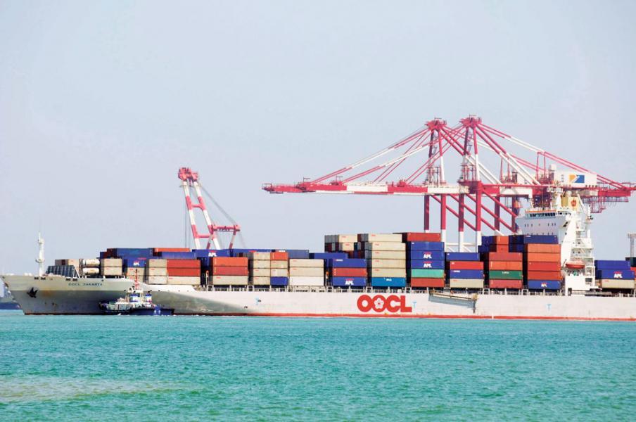 東方海外最終落實以四百九十二億港元高價賣給中遠海控。