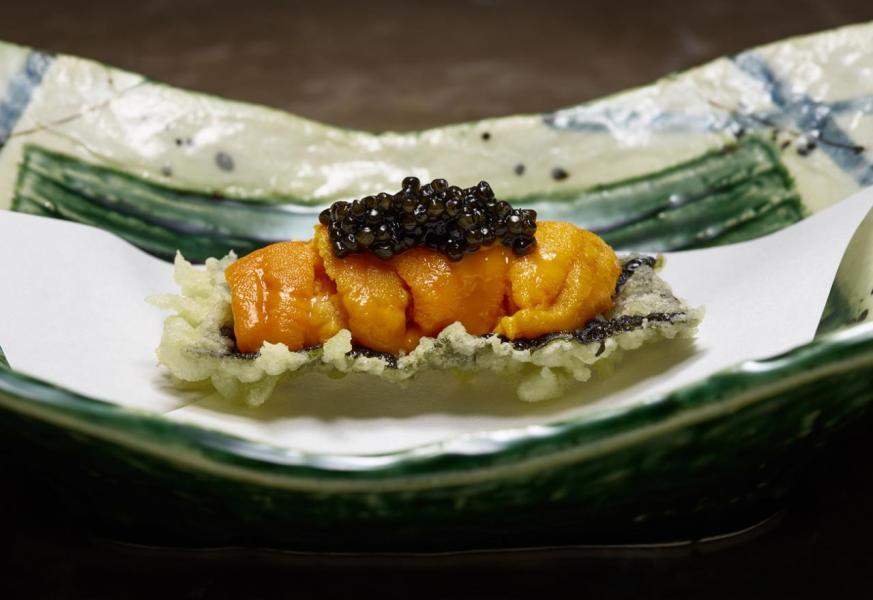 紫菜海膽天婦羅配魚子醬