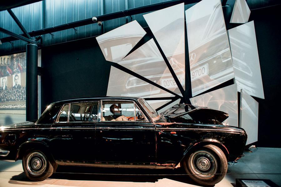 原來,勞斯萊斯公司並不贊成把此車展示館中,因車有特殊歷史背景,最終說服了汽車公司,把這輛車展出。