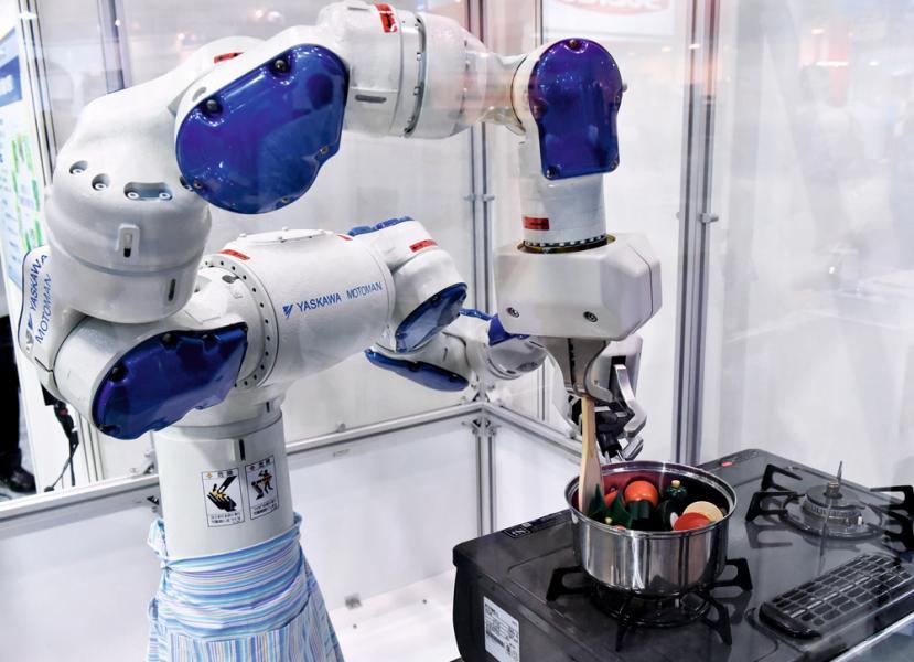 除了自動點餐機,自動炒機亦可節省人力成本,不過未必適合高級餐廳。