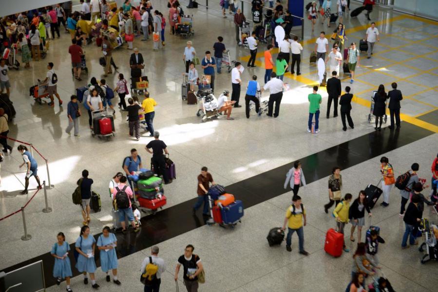 香港旅客數字近年頗為波動。