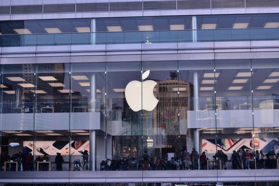 蘋果在推出新功能手機上明顯較為落後。