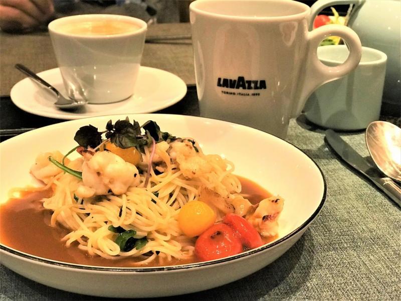 精選單點菜式包括有波士頓龍蝦意粉配龍蝦醬汁。