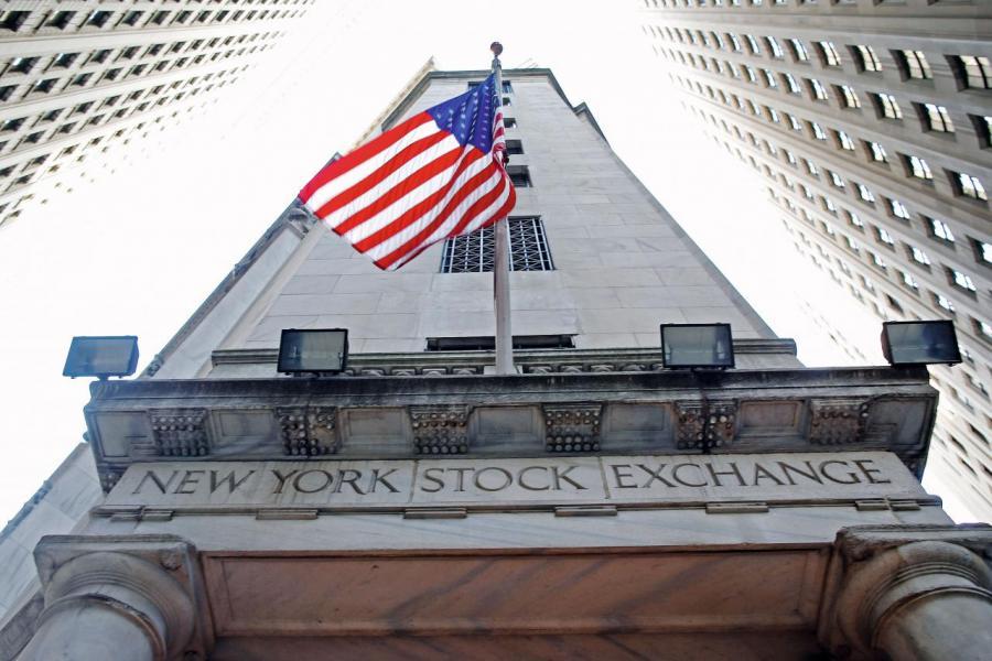 過去一週由於業績及經濟數據支持,美股有連升的情況。