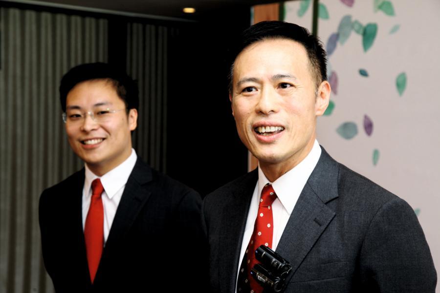 信置以6,500萬元買入中環結志街項目,右為信置營業部聯席董事田兆源。