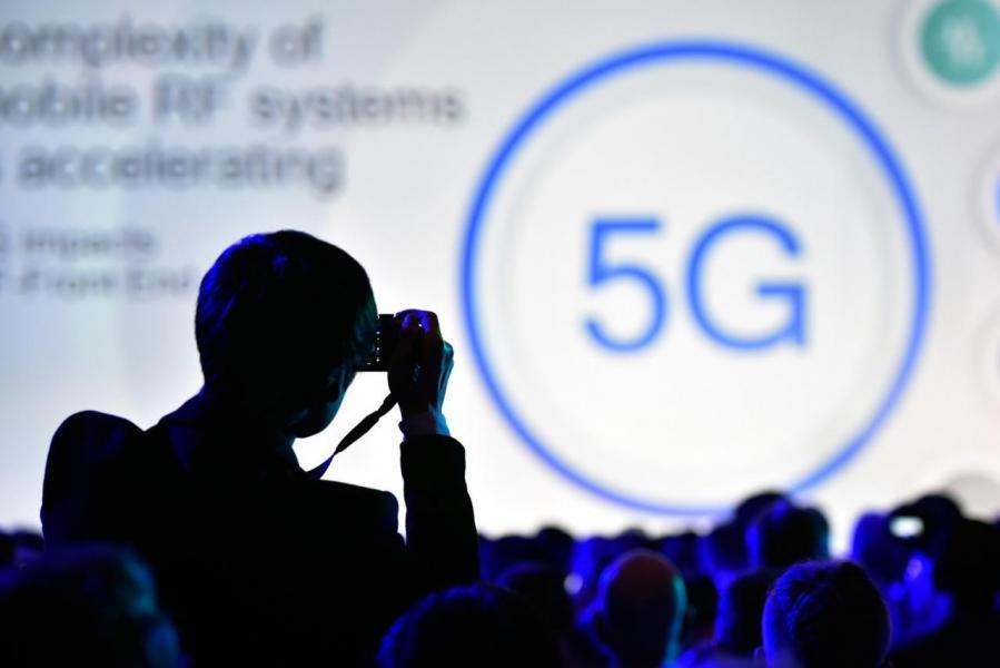 5G將會是一個難以置信的機會,其預估5G將在 2026年帶來 1.2兆美元的經濟規模。
