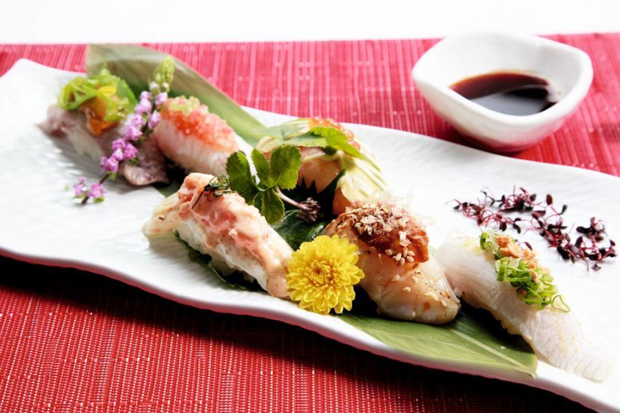 傳統的壽司配上西式的烹調方式,帶來耳目一新感覺。
