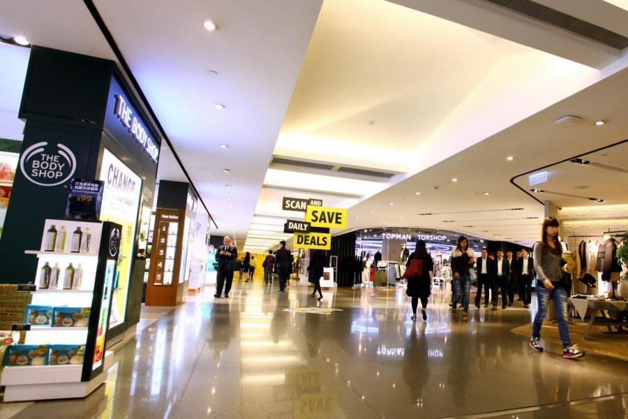 收回金鐘廊營運權後,政府計畫將商場拆卸重建成為甲廈。