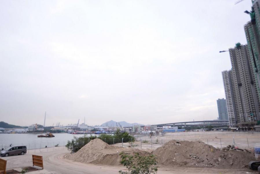 有傳本港發展商向中央「告狀」,以致近期中資來港投地已大為收斂。