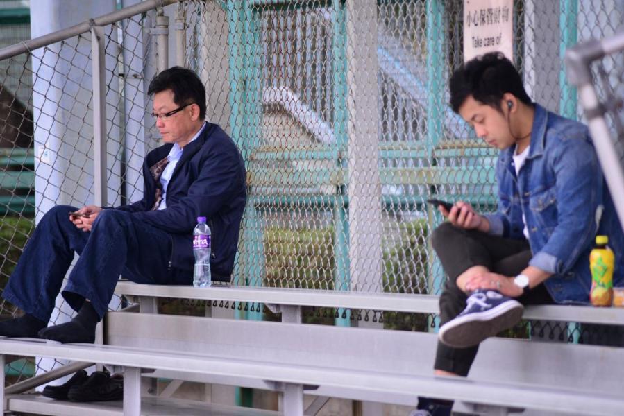 香港的智能電話滲透率高,令移動通訊技術有更大的發揮空間。