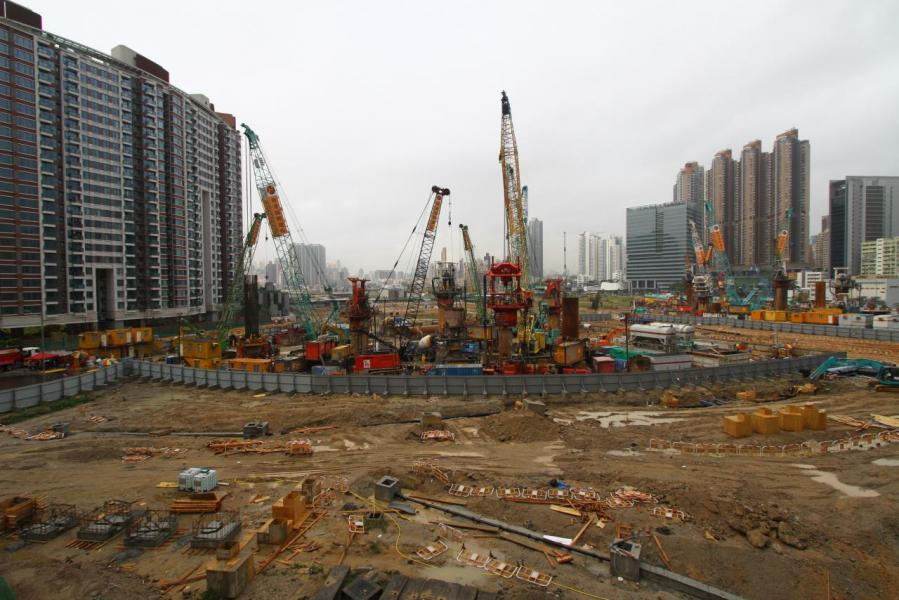 觀乎下年度的土地,九龍東仍是主要供應來源,其中有2幅啟德地皮已安排在下年度首季推出。