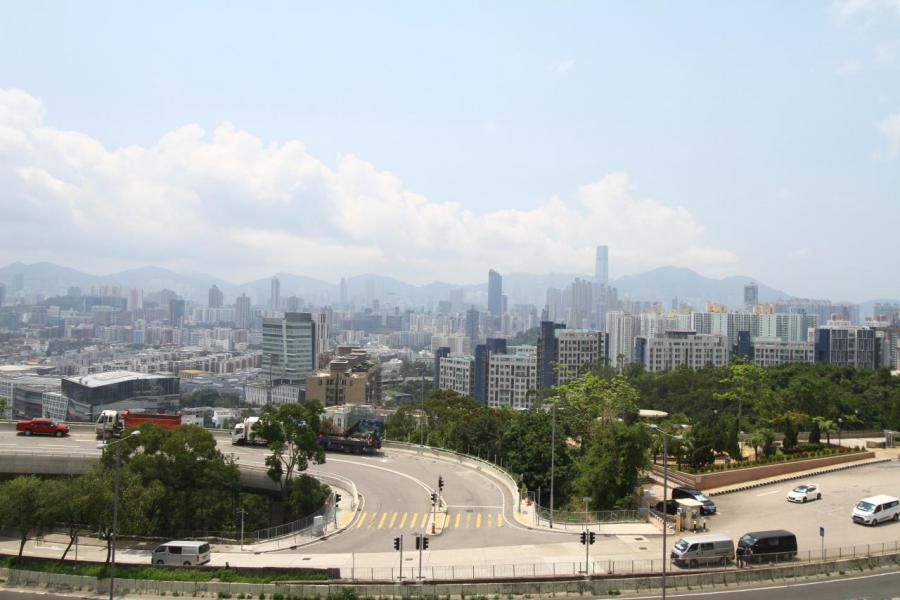 樓盤地勢較高,料可享開揚市區及翠綠山景。