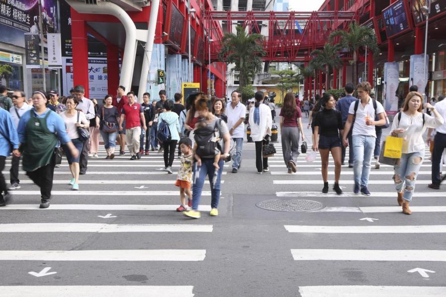 在生活配套和經濟發展的支持下,近年移入桃園的人口愈來愈多。