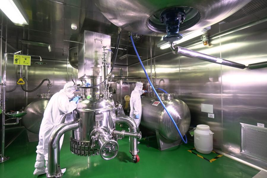 公司專注於針對HCV、HIV以及HBV的同類最佳創新藥物研發和生產。