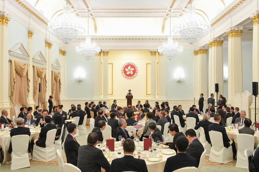 大灣區發展綱要公布後,香港特區舉行宣講會,宴請中央及區內貴賓。