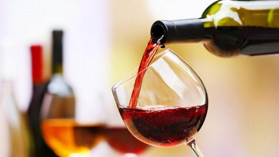 中糧集團近期出售紅酒業務後,相信管理層致力簡化業務,改善股東回報。