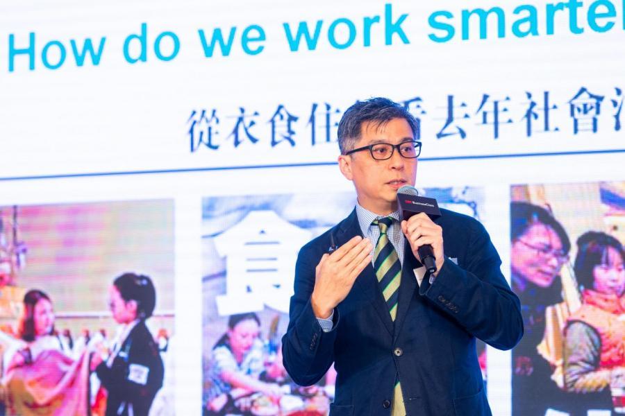 「智慧城市聯盟」研究及藍圖委員會主席秦仲宇以「小企業如何從智慧生活規劃中獲益?」為主題,以多角度分析發展智慧生活帶來的商機。