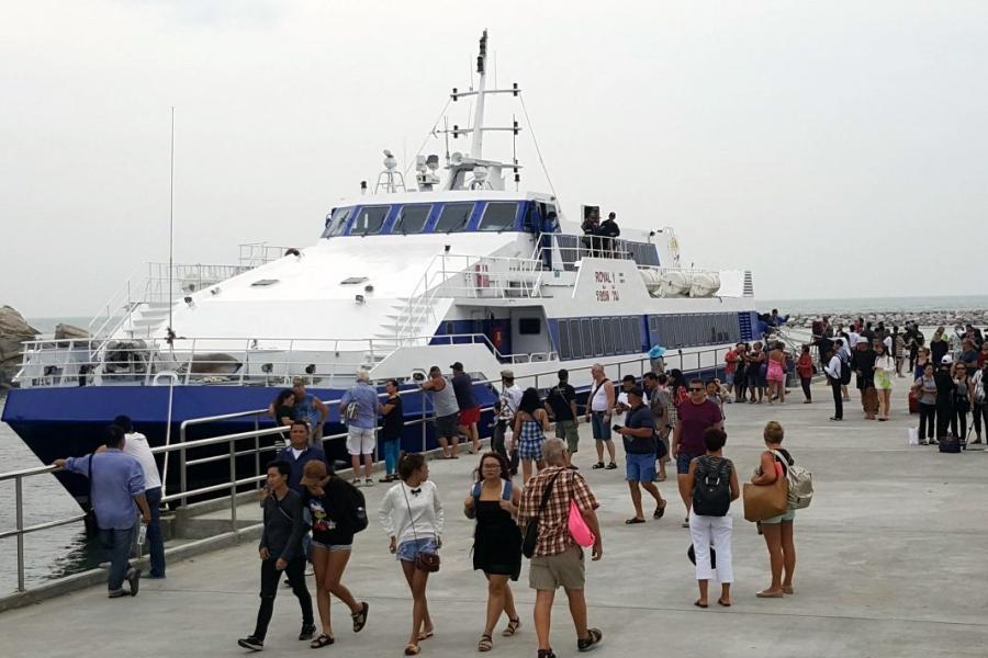 在2017年初推出從芭堤雅到華欣的連接性渡輪服務,令兩個城市間的航程時間從五個小時縮減至1.4個小時。