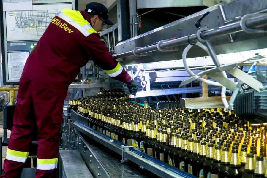 若能成功分拆上市,將提供更多資金予百威英博進行潛在收購合併,包括收購法國釀酒商Castel。