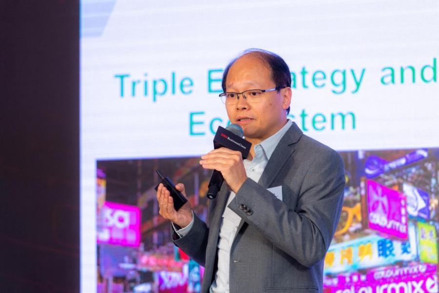 中華電力有限公司客戶及業務拓展部企業客戶服務總監盧志華博士以「營商全動力–中小企」作主題,分享實踐智慧生活的最佳案例。