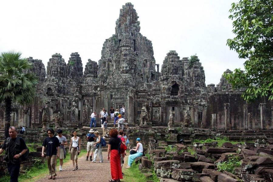 柬埔寨內閣於上月十九日批准全國十六個省成立五十六個主題生態旅遊景點。