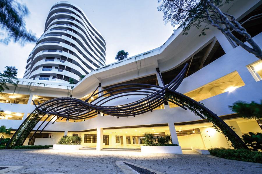 O2 Residence中大量寬敞而溫馨的開放空間是為了讓住戶增加與身邊的人的溝通。