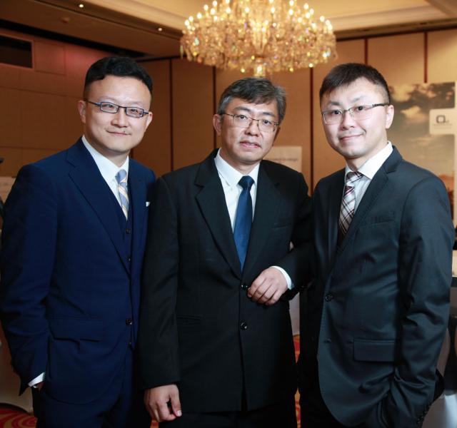 左起:弘海策略執行董事陳海辰、完美金鷹 (PED) 董事林松藝及弘海策略執行董事彭家強。