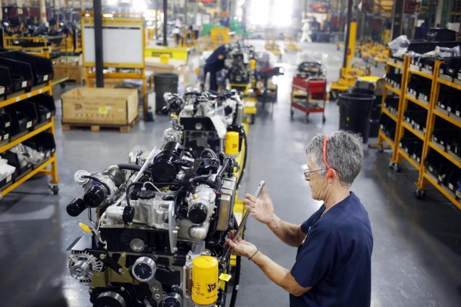 企業稅下跌後,美國製造商更願意留在當地建廠。