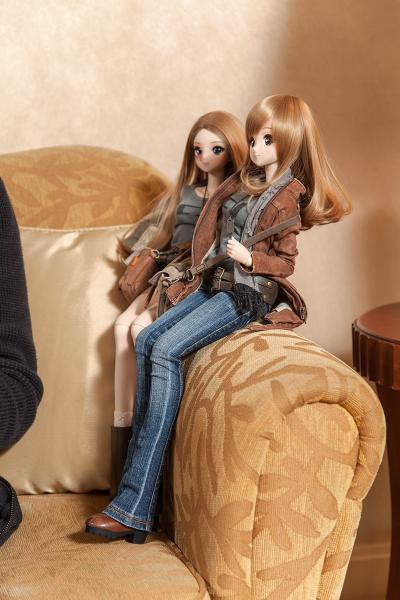 Danny 的Smart Doll非常人性化,每個公仔也有故事。而公仔鞋的設計,由爸爸一手操刀。