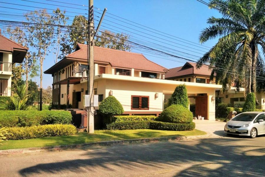 清邁住宅的平均呎價約1,600港元,即是香港「沙士」時的天水圍樓價水平。