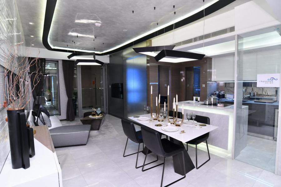 項目標準單位間隔涵蓋1房至3房,實用面積介乎300至928方呎。