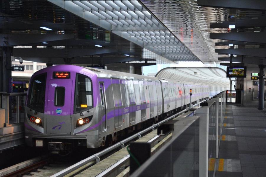 桃園車站每日進出人口近10萬人,是台灣第2大站。