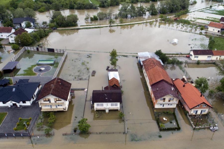 在一九九八至二○一七年期間,全球因氣候災害國家直接造成的經濟損失。