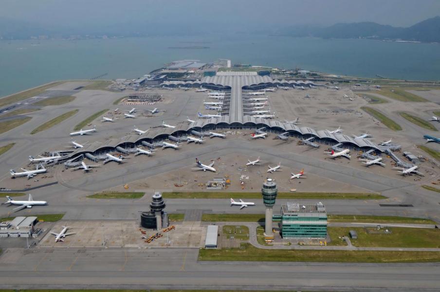 香港正建第三條跑道,將為航空業提供更多增長空間。