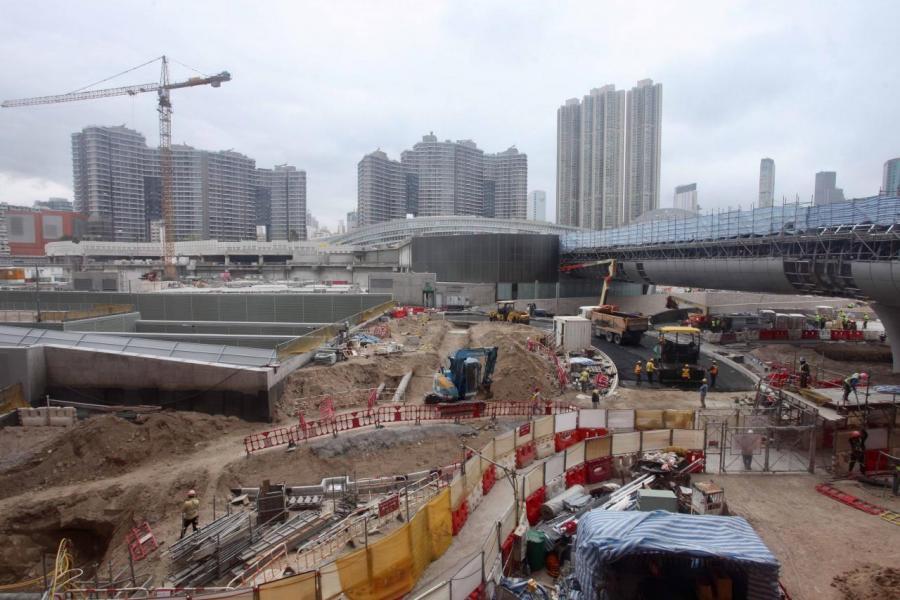 市場料港深廣高鐵西九總站上蓋項目地皮總值高達791億至1,424億元。