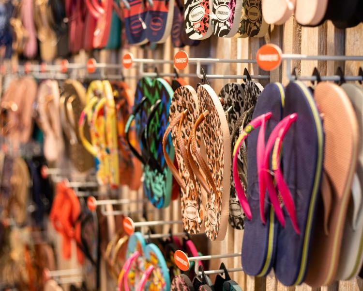 Havaianas創立於1962年,以優質橡膠製造,品牌精神注入濃厚巴西風格。