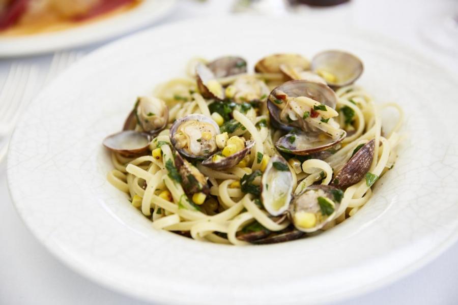 Linguine Pasta with Venetian Clams:鮮甜肥美的威尼斯蜆肉與al dente的扁意粉,配合得恰到好處。