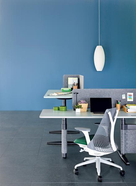 Atlas Office Landscape展示了更具備人體工程學性能的辦公空間規劃。