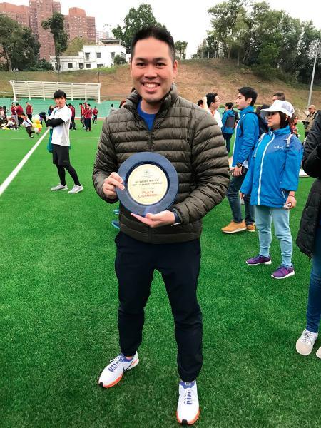 身兼香港工業總會青委會主席陳允誠熱心公益,早前參與外展衝勁樂,並獲得銀碟組冠軍。