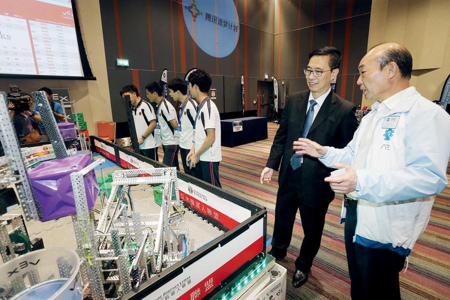 身兼亞洲機器人聯盟主席的梁鍾銘坦言,學生學做機械人,可全方位訓練思維。