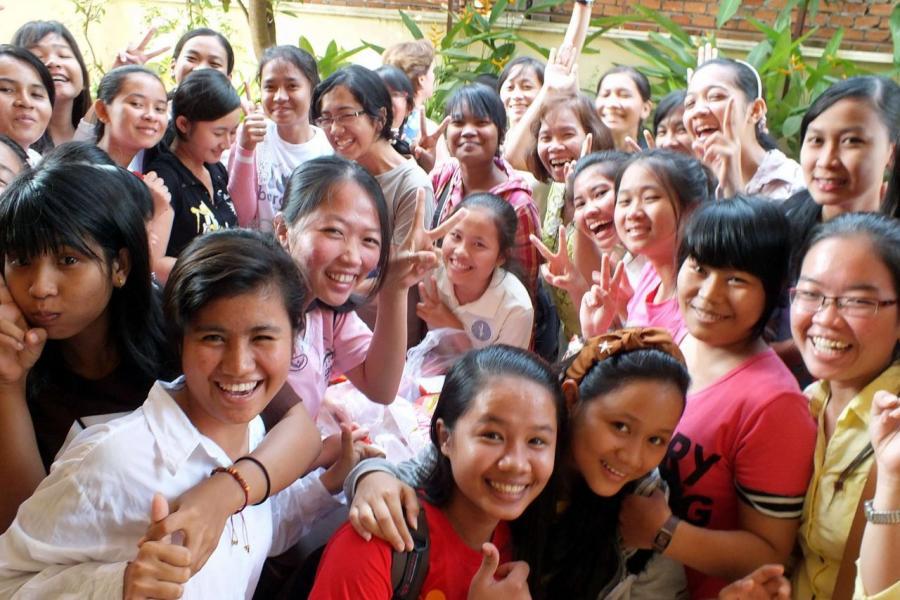 現時超過一半的柬埔寨人口平均年齡在25歲左右。