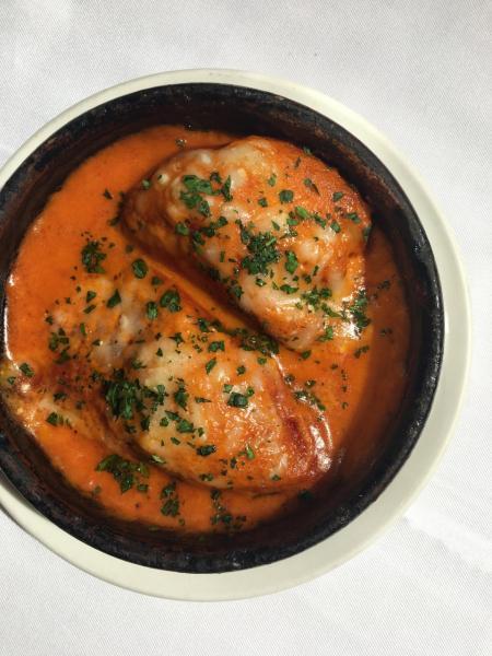 自家製甜椒醬配鱈魚釀Piquillo紅椒