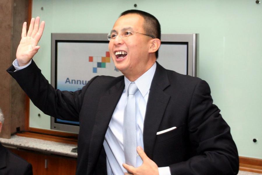 李澤楷對保險業情有獨鍾,賣走後又重新購回。