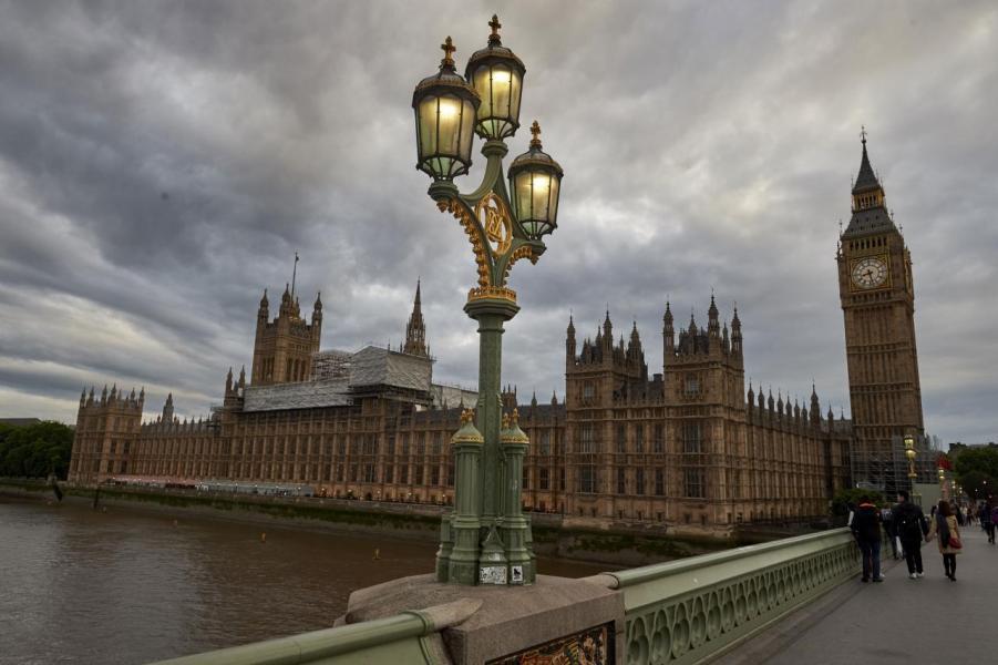 英國央行行長馬克.卡尼表示,正在考慮將氣候變化帶來的風險加入英國銀行業的「探索性情景測試」的計畫。