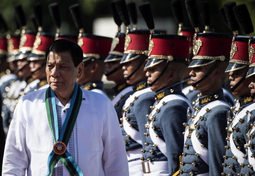 總統杜特爾特(Rodrigo Duterte)上台後,拉近與中國的關係。
