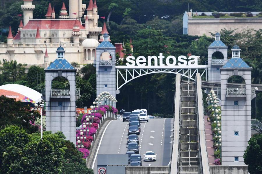 聖陶沙是旅遊勝地及度假天堂,亦屬豪宅地區之一。