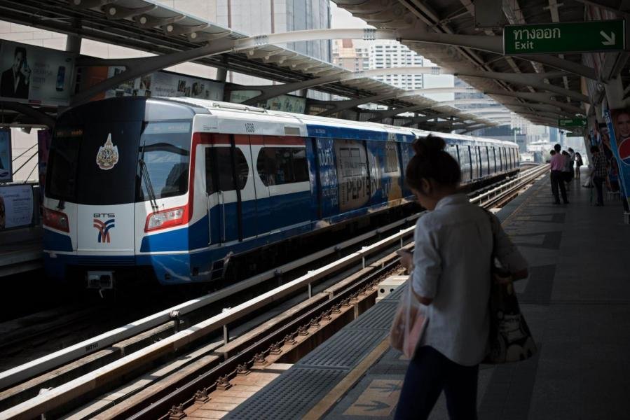 BTS、MRT等交通工具沿線的樓盤,升值潛力及發展較好。
