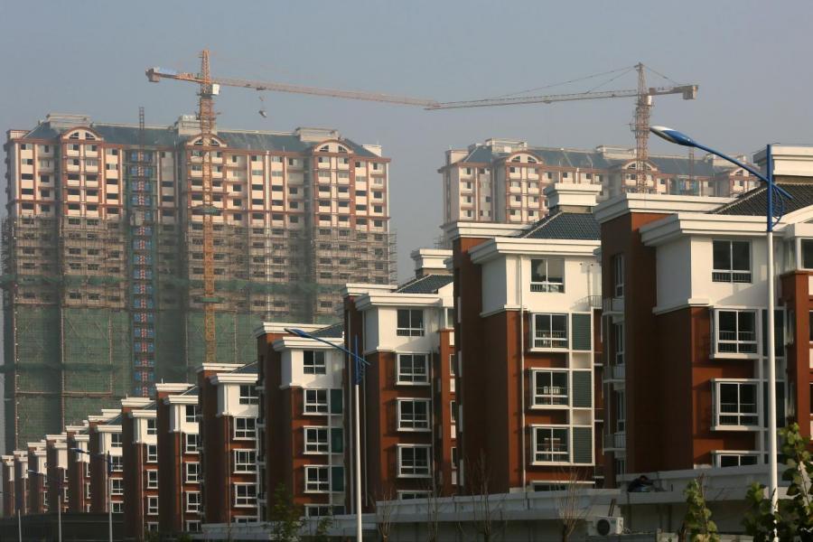 房地產佔內地固定投資相當比重。