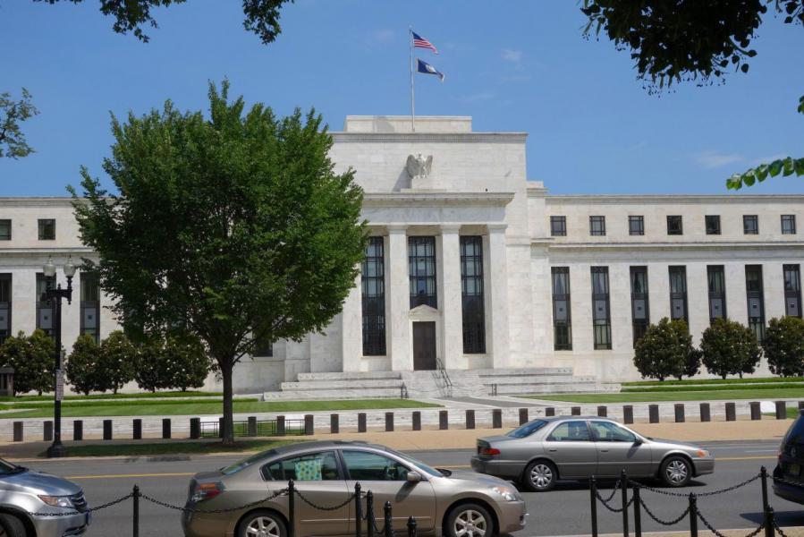 繼9月加息後,市場估計聯儲局12月再會加多一次息。